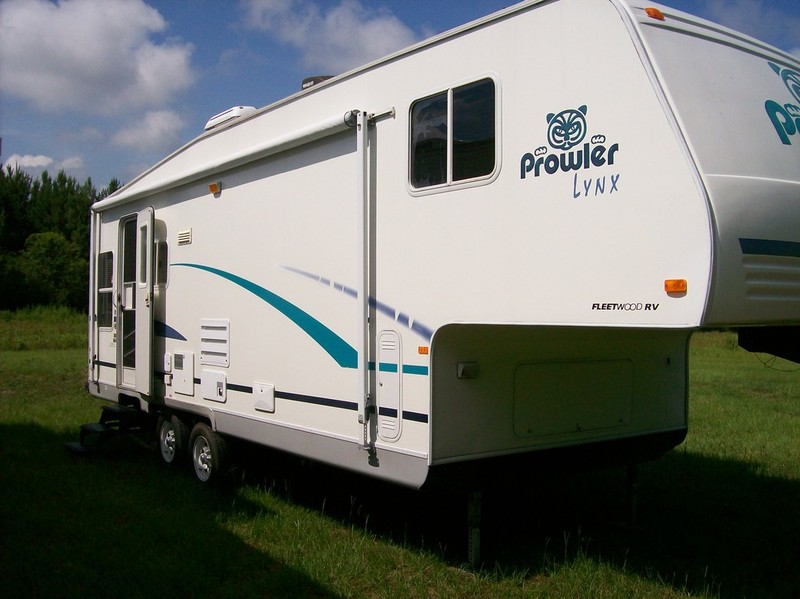 Prowler Rent To Own No Credit Check Fleetwood 28 Ft RVs for sale
