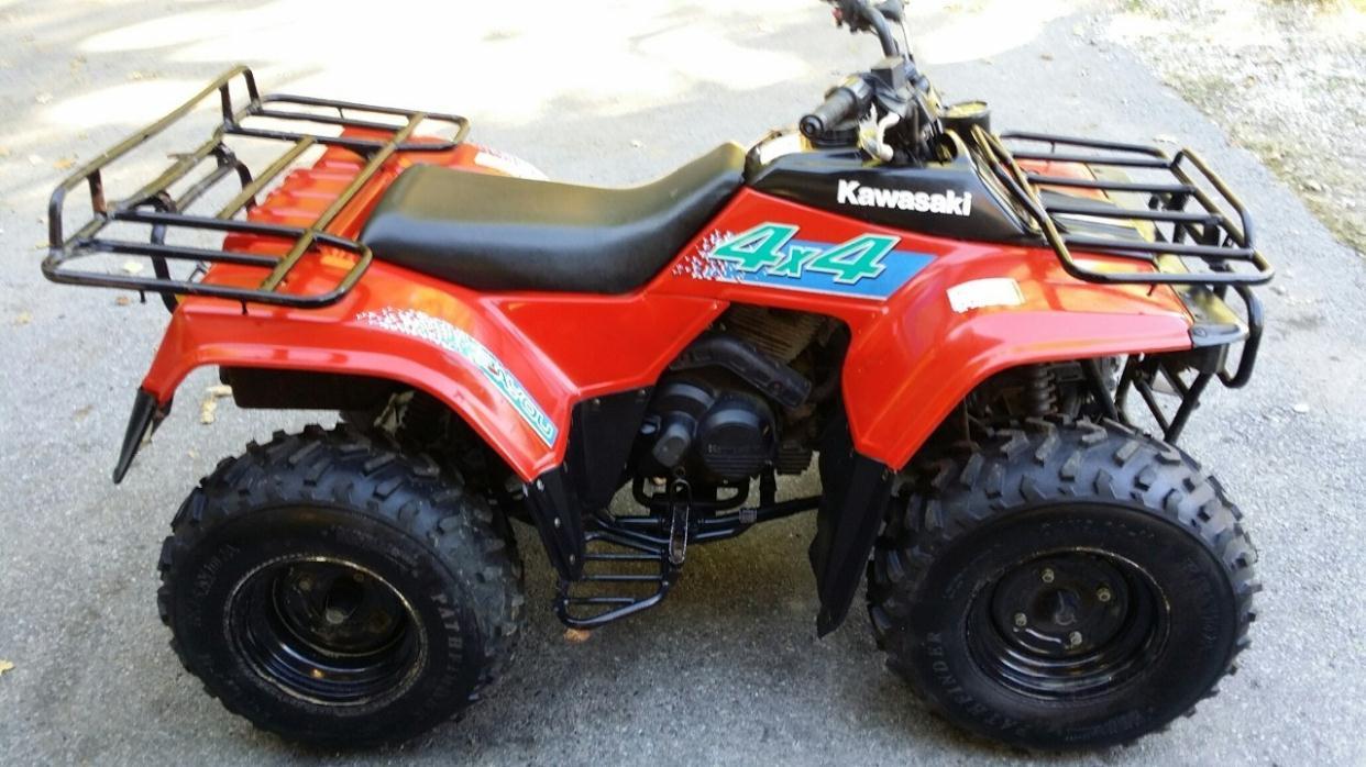 Kawasaki Bayou 300