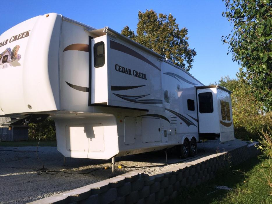 img_FCLa1sOT68_r fifth wheel companion rvs for sale  at crackthecode.co