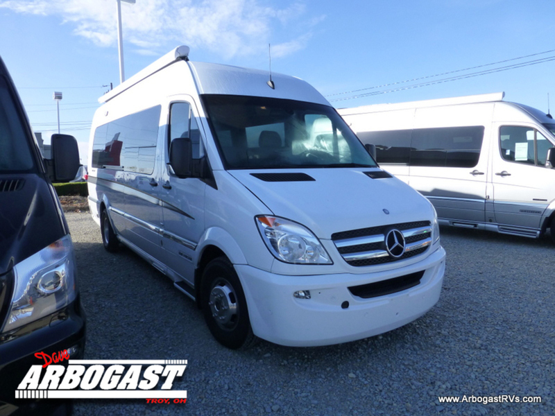 2014 Airstream Interstate EXT Lounge with Sleeping Quar