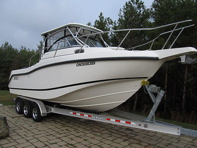 2010 BOSTON WHALER fresh water 255 conquest twin 200 merc verados low hours mint
