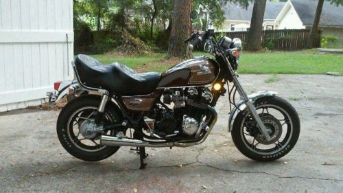 Honda : CB Sport cruiser, brown, good conditioned, solid frame,