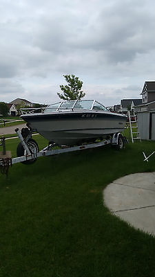 1986 rinker inboard/outboard 18 foot fishing boat
