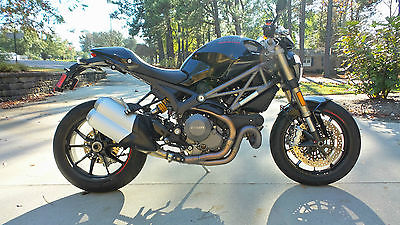 Ducati : Monster 2013 ducati monster 1100 evo last year of the air cooled monsters low miles