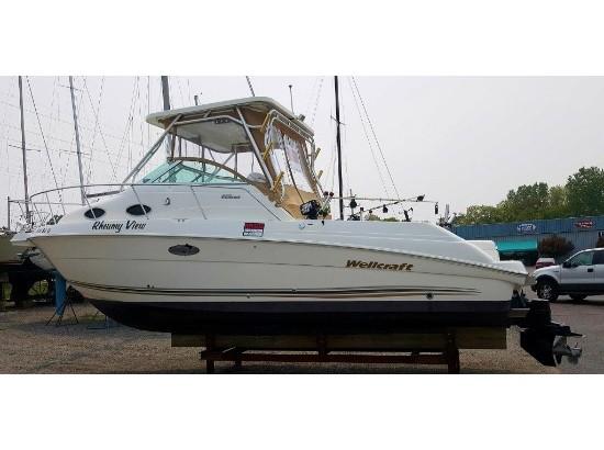 2003 WELLCRAFT 270 Coastal