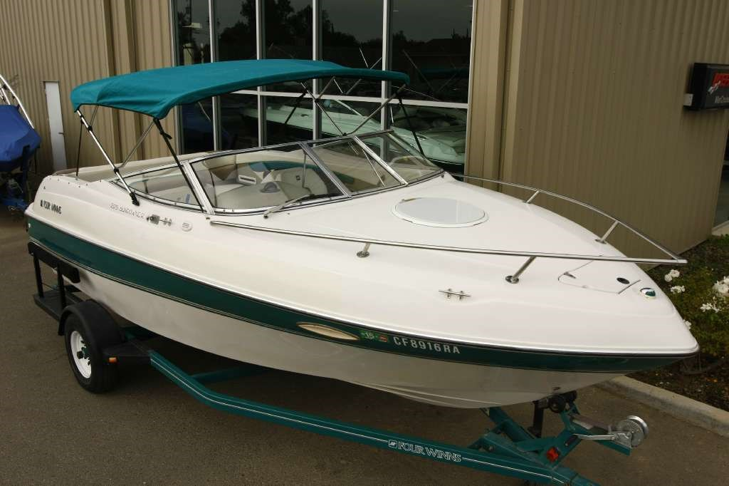 1998 Four Winns 205 Sundowner