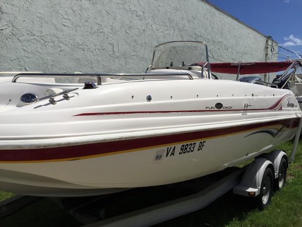 2005 Hurricane Fun Deck 211 GS