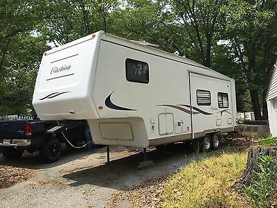Citation 29' 5P 5th wheel Camper