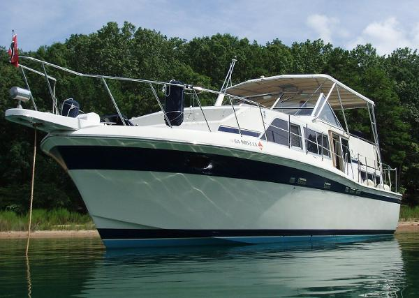 Chris Craft Catalina 381 Boats For Sale