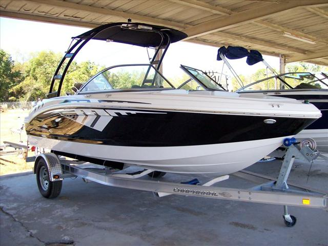 2014 Chaparral H2O 19 Velocity Stealth