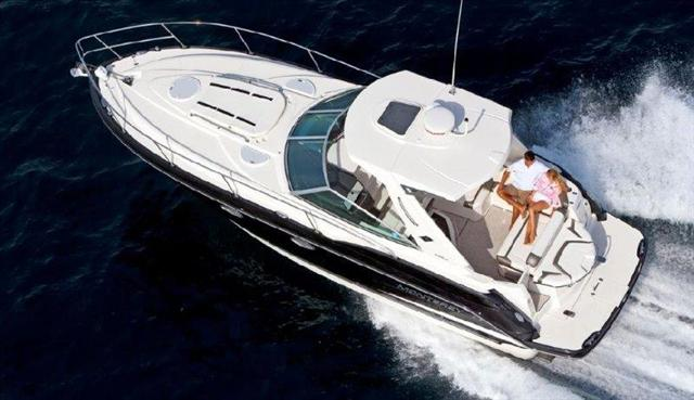 2015 Monterey Sport Yacht 335 Sport Yacht