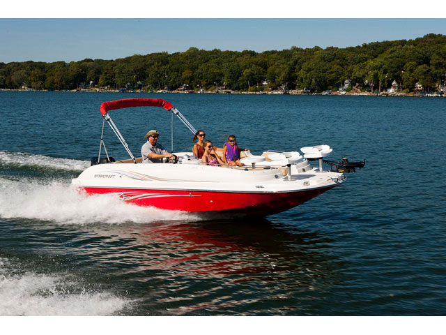 2015 Starcraft Deckboat Limited 2000 OB Fish