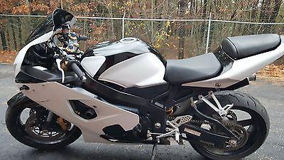 Suzuki : GSX-R 2004 suzuki gsxr 600 parts bike track bike