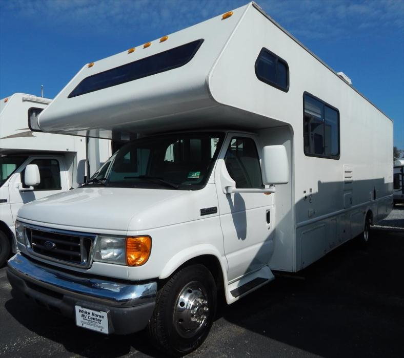 2006 Four Winds International Fun Mover 31 C w/ Rear Cargo Area Non Sl