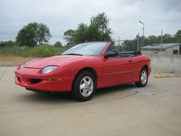 23+ 1996 Pontiac Sunfire Se