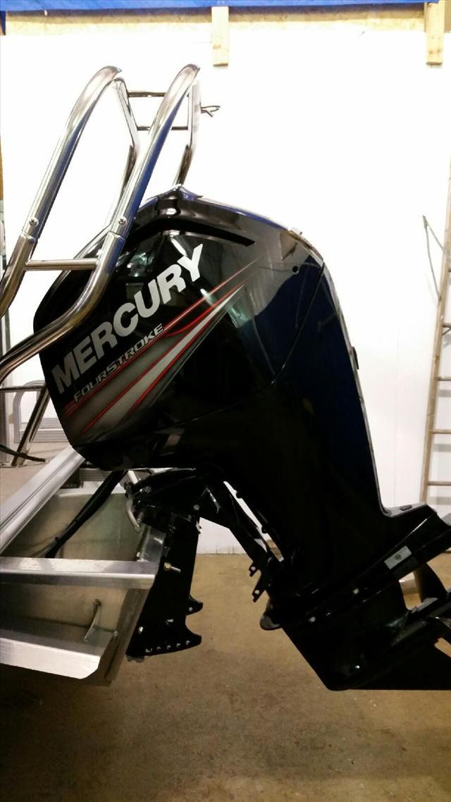 2015 Starcraft Pontoon Stardeck 236 Cruise