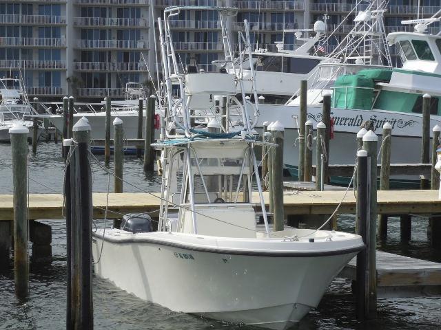 1991 Mako Fishing 261CC