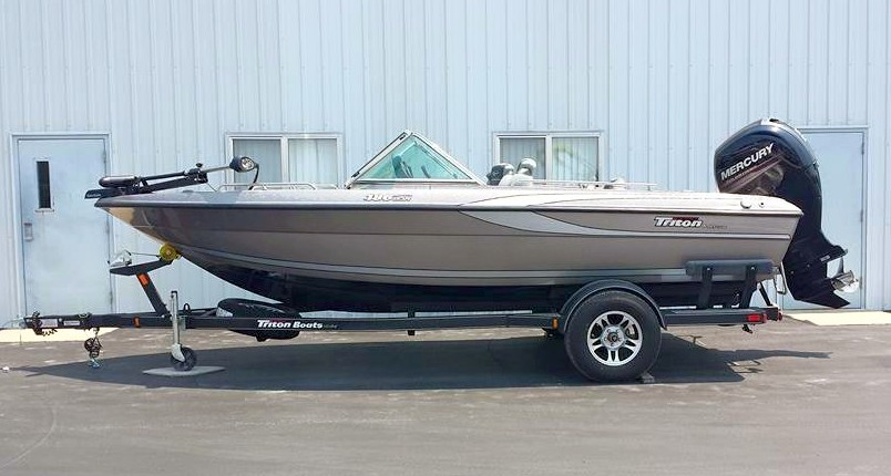 2015 TRITON BOATS 186 Escape