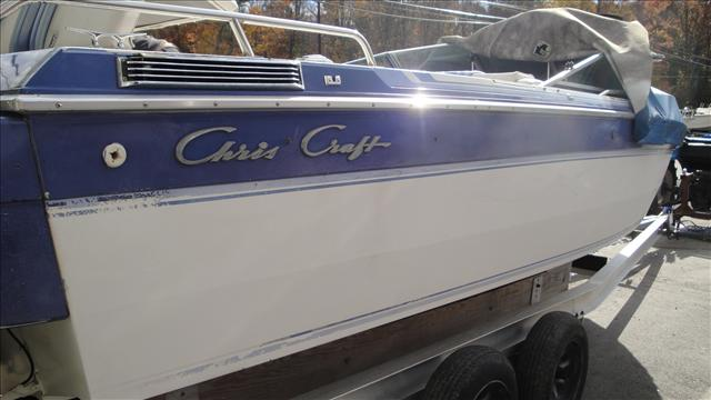 1988 Chris-Craft bowrider 210 scorpion ski jack