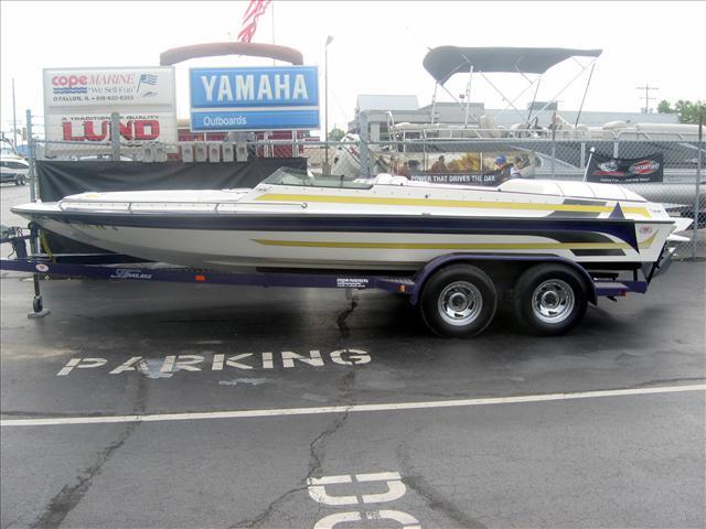 1997 Galaxie Boat Works Galaxie 21 LX
