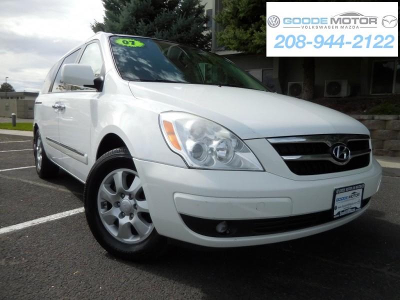 2007 Hyundai Entourage 4dr Wgn GLS