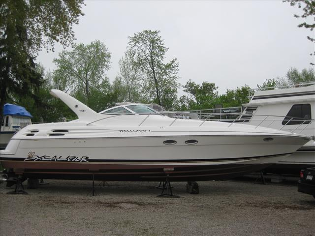 1997 Wellcraft 38 Excalibur