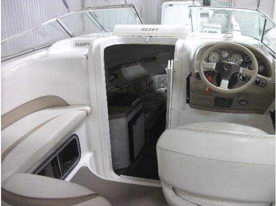 2003 Glastron 249