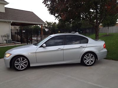 BMW : 3-Series 328i LOW MILES.....Extremely well maintained inside and out. Very Pretty