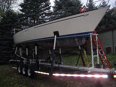 sailboat 33 ft Taren Ten and Trailer Race boat Day Sailer less than 100 hours