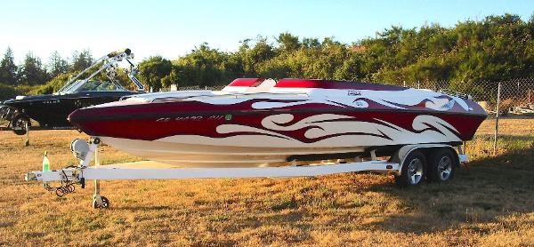 2007 ESSEX PERFORMANCE BOATS 24 Valor