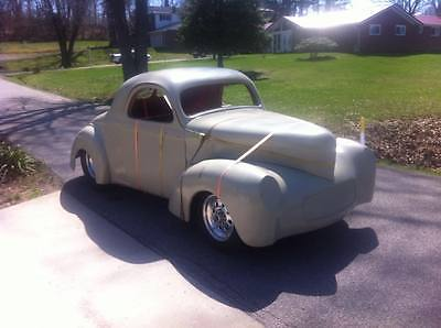 Willys 1941 willys fiberglass body rolling chassis 9 ford rear differential