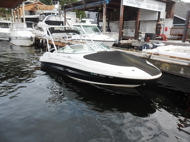 2007 Sea Ray SUNDANCE 220SD