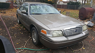 Ford : Crown Victoria LX 2001 ford crown victoria