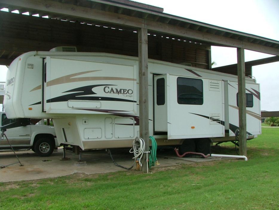 2007 Carriage Cameo 35SLQ