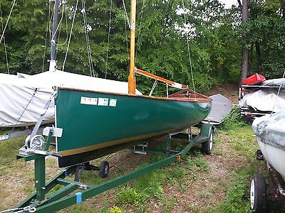 Thistle Sailboat-1957 all Mahogany in excellent  condition with trailer