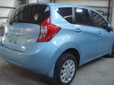 Nissan : Versa 1.6 SV Sedan 4-Door 2015 nissan versa note sv salvage title rebuildable wreck