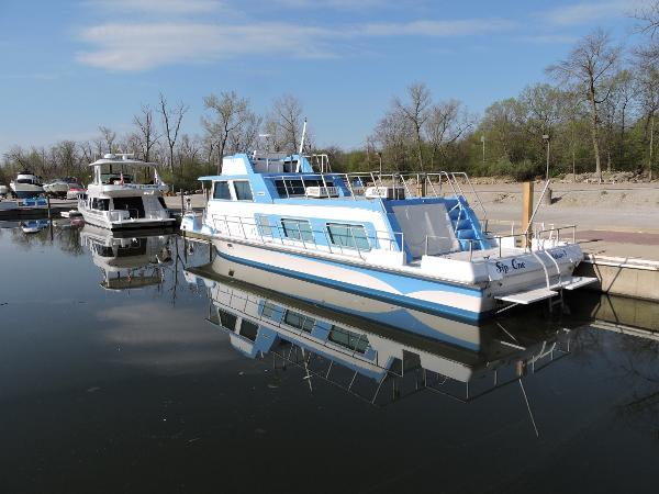 1974 NAUTALINE 48 Houseboat