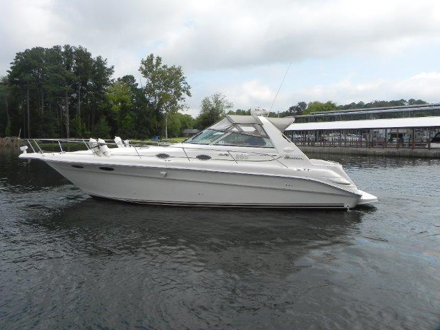1999 Sea Ray Sport Cruiser 330 Sundancer
