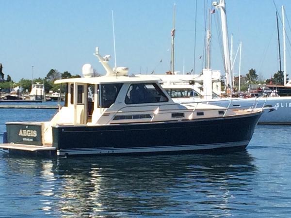 2005 Sabre Yachts 38' Hardtop Express w/Hardback