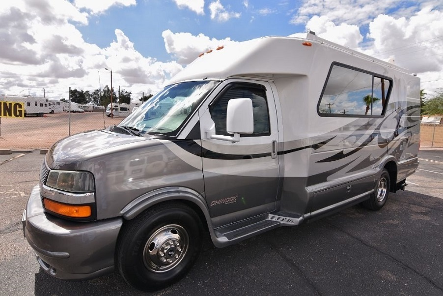 Chinook destiny rvs for sale in los angeles california for Motor homes los angeles