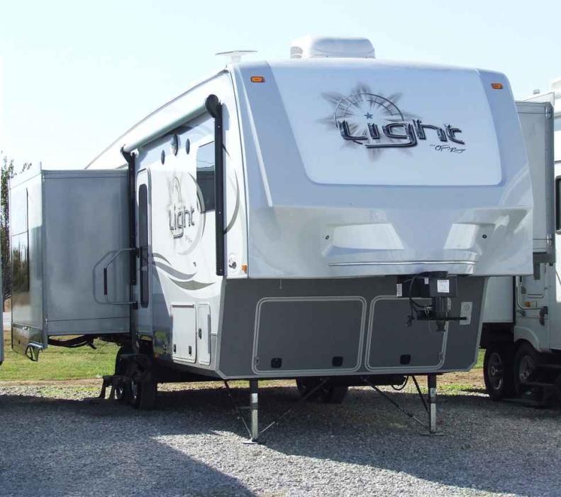 2014 Open Range Light 318RLS