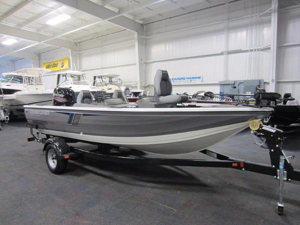 2016 Crestliner 1750 fish hawk DC
