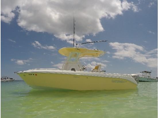 2006 Everglades Boats 240CC