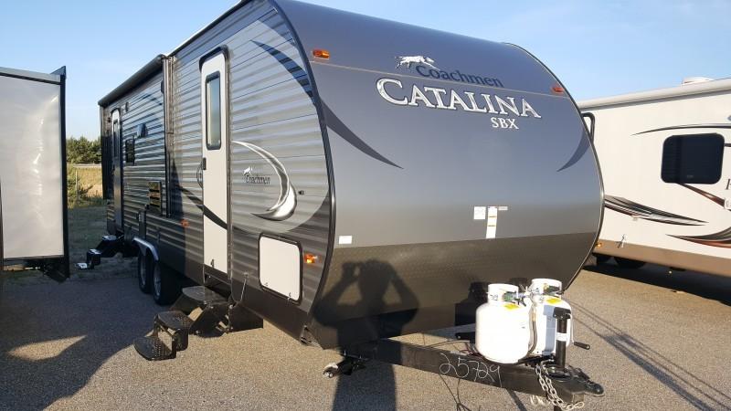 2017 Catalina 251RLS