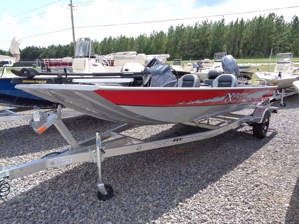 2017 Xpress Boats XP7
