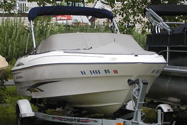 2001 Monterey 180 Edge
