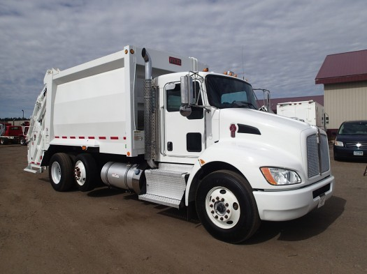 2016 Kenworth T370 Heil 20yd Rear Load Garbage Truck
