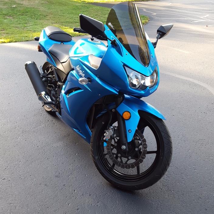 kawasaki ninja 250 motorcycles for sale in massillon ohio. Black Bedroom Furniture Sets. Home Design Ideas