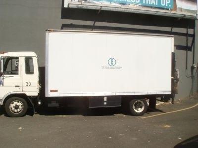 1992 Ud Trucks 1800  Box Truck - Straight Truck
