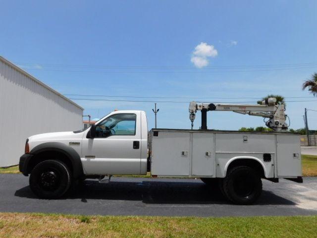 2005 Ford F550 Crane Truck